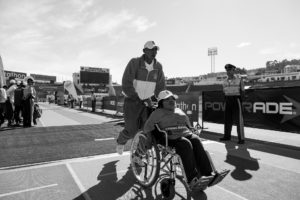 wheelchair-710265_1920